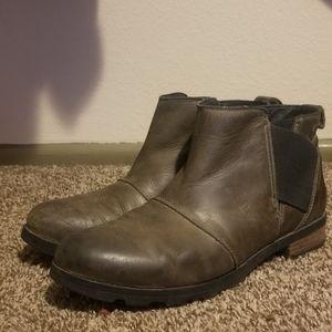 Sorel Chelsea Emelie boots